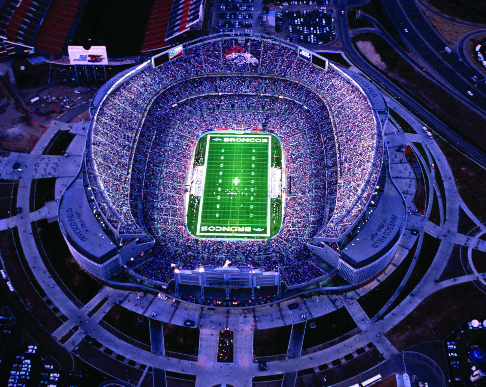01 Broncos Stadium